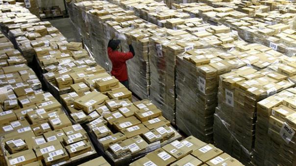 amazon_boxes_pallet